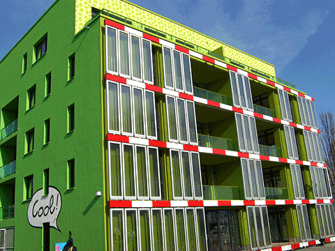 algae powered building
